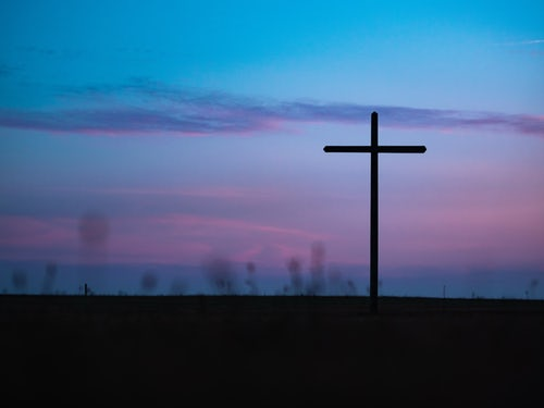 «Na Cruz está o Céu porque ali está Jesus»